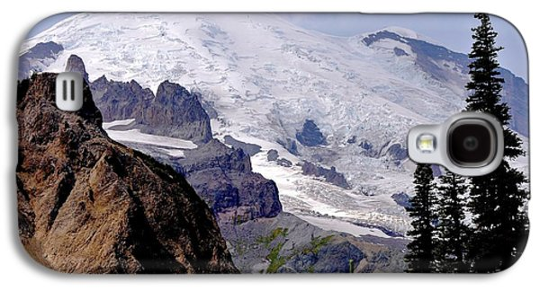 Scott Nelson Paintings Galaxy S4 Cases - Mt Rainier From Panhandle Gap Galaxy S4 Case by Scott Nelson