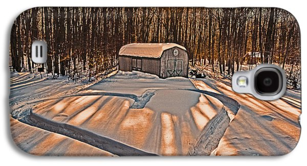 Old Barn Drawing Galaxy S4 Cases - My Dog Trail Run 2 Galaxy S4 Case by Gary Keesler