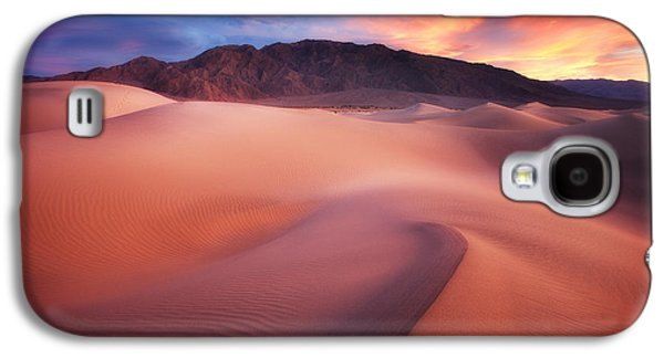 Sunset Prints Galaxy S4 Cases - Mysterious Mesquite Galaxy S4 Case by Darren  White