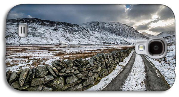 Nant Ffrancon Pass Galaxy S4 Case by Adrian Evans