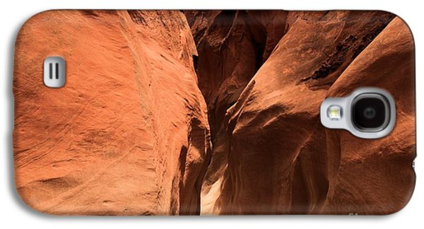 Holes In Sandstone Galaxy S4 Cases - Narrow Red Rock Slots Galaxy S4 Case by Adam Jewell