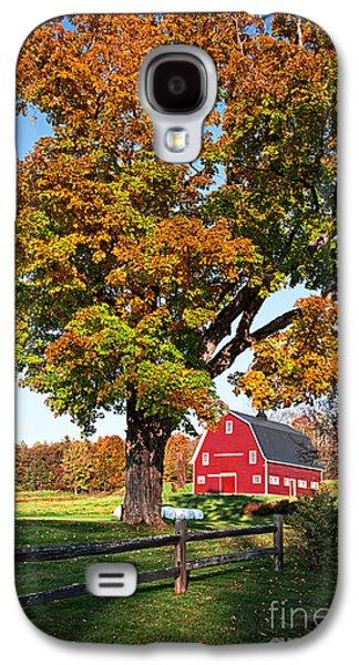 Red Barns Galaxy S4 Cases - New England Farm Fall Foliage Galaxy S4 Case by Edward Fielding