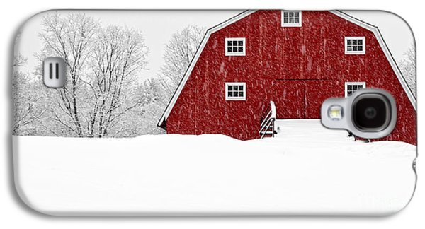 New England Red Barn In Winter Snow Storm Galaxy S4 Case by Edward Fielding