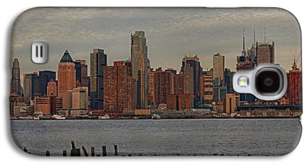 Urban Galaxy S4 Cases - New York City Skyline Panoramic Galaxy S4 Case by Susan Candelario