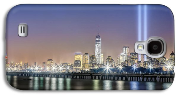 Wtc 11 Galaxy S4 Cases - New York City Will Never Forget Galaxy S4 Case by Susan Candelario