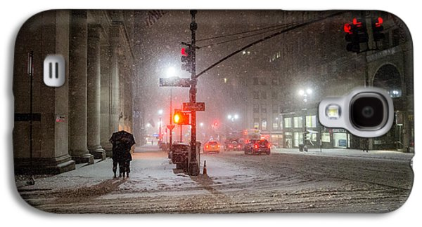 Winter Night Galaxy S4 Cases - New York City Winter - Romance in the Snow Galaxy S4 Case by Vivienne Gucwa