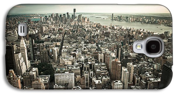 Manhatten Galaxy S4 Cases - New York from above - vintage Galaxy S4 Case by Hannes Cmarits