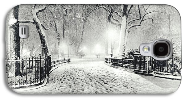 Winter Night Galaxy S4 Cases - New York Winter Landscape - Madison Square Park Snow Galaxy S4 Case by Vivienne Gucwa