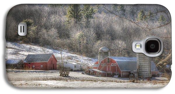 Red Barn In Winter Photographs Galaxy S4 Cases - Nolan Farm - Vermont Farm Galaxy S4 Case by Joann Vitali