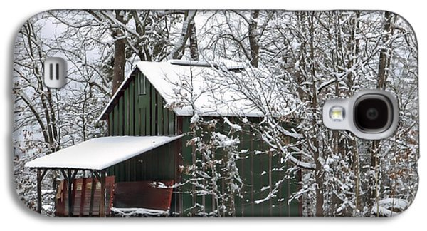 Red Barn In Winter Photographs Galaxy S4 Cases - North Carolina Tobacco Barn Galaxy S4 Case by Benanne Stiens