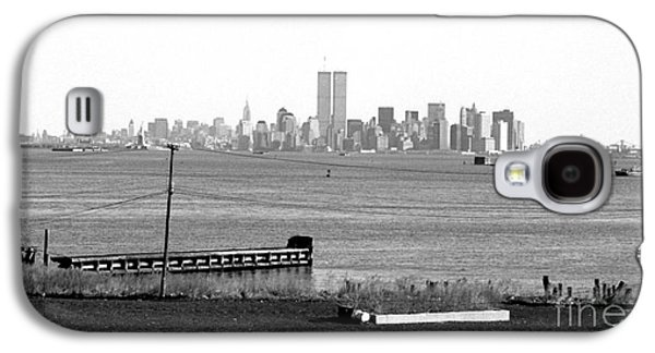 Twin Towers Nyc Galaxy S4 Cases - NYC in the Distance 1990s Galaxy S4 Case by John Rizzuto