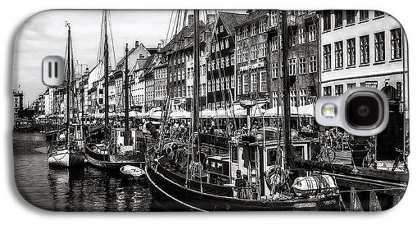 Water Vessels Galaxy S4 Cases - Nyhavn Harbor Galaxy S4 Case by Erik Brede