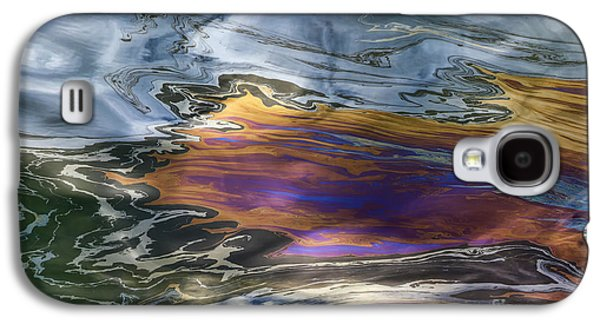 Oil Slick Galaxy S4 Cases - Oil Slick Abstract Galaxy S4 Case by Sheldon Kralstein