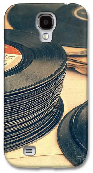 Music Photographs Galaxy S4 Cases - Old 45s Galaxy S4 Case by Edward Fielding