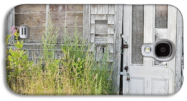 Old Maine Barns Galaxy S4 Cases - Old Abandoned Building In Maine Galaxy S4 Case by Keith Webber Jr