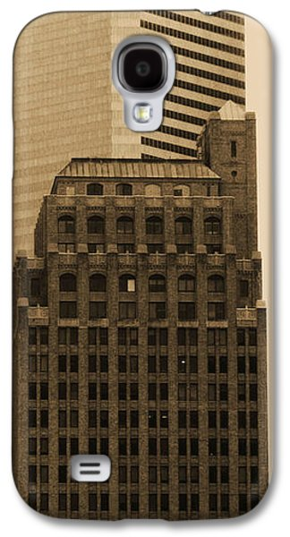 Usa Sculptures Galaxy S4 Cases - Old and New Galaxy S4 Case by Nathan Little