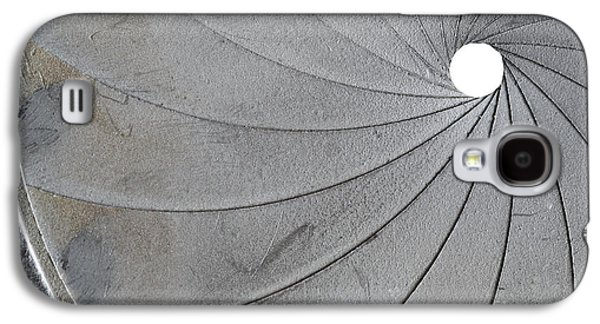 Aperture Photographs Galaxy S4 Cases - Old Aperture - Exposure Diaphragm Galaxy S4 Case by Michal Boubin