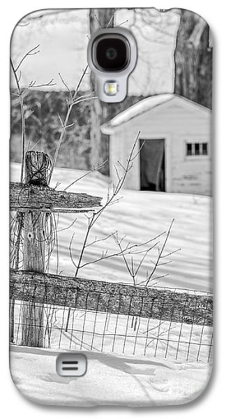 Outbuildings Galaxy S4 Cases - Long cold winter Galaxy S4 Case by Edward Fielding