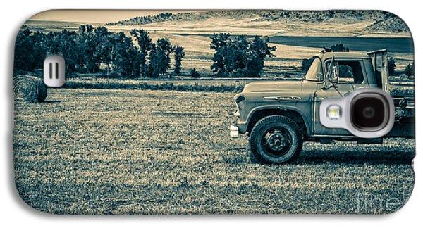 Farm Truck Galaxy S4 Cases - Old Farm Truck Fishtail Montana Galaxy S4 Case by Edward Fielding