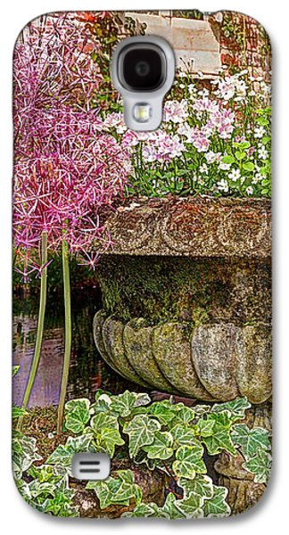 Garden Scene Photographs Galaxy S4 Cases - Old Fashioned Planters Galaxy S4 Case by Gill Billington