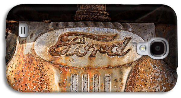 Old Trucks Photographs Galaxy S4 Cases - Old Ford Galaxy S4 Case by Edward Fielding