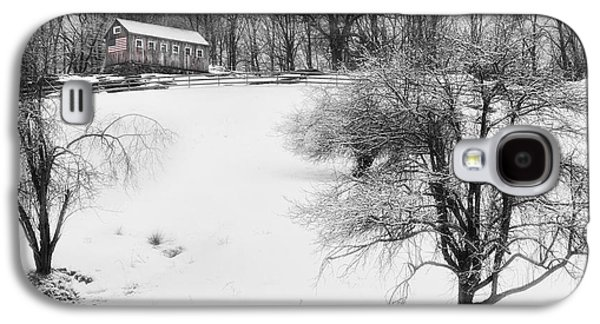 Barns In Snow Galaxy S4 Cases - Old New England Barn In Winter Galaxy S4 Case by Bill  Wakeley