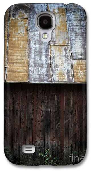 Red Roofed Barn Galaxy S4 Cases - Old Rusty Tin Roof Barn Galaxy S4 Case by Edward Fielding