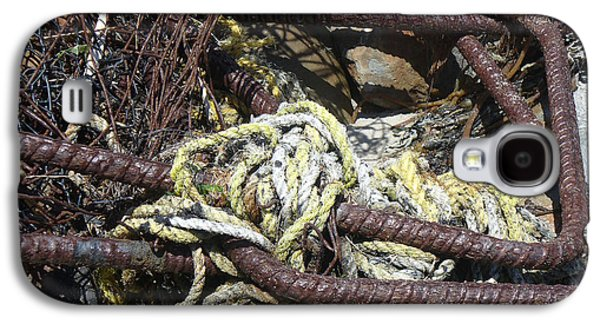 Meshed Photographs Galaxy S4 Cases - Old Trap  Galaxy S4 Case by Minnie Lippiatt