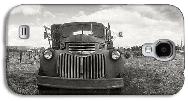 Napa Valley And Vineyards Galaxy S4 Cases - Old Truck In A Field, Napa Valley Galaxy S4 Case by Panoramic Images