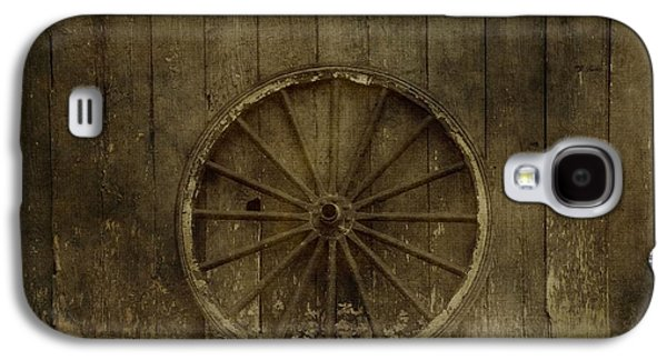 Wooden Wagons Galaxy S4 Cases - Old Wagon Wheel On Barn Wall Galaxy S4 Case by Dan Sproul