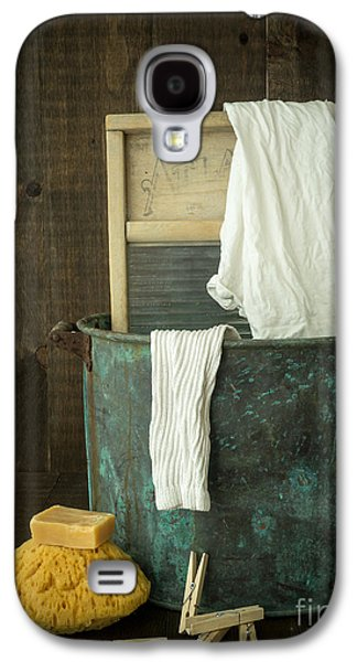 Laundry Galaxy S4 Cases - Old Washboard Laundry Days Galaxy S4 Case by Edward Fielding