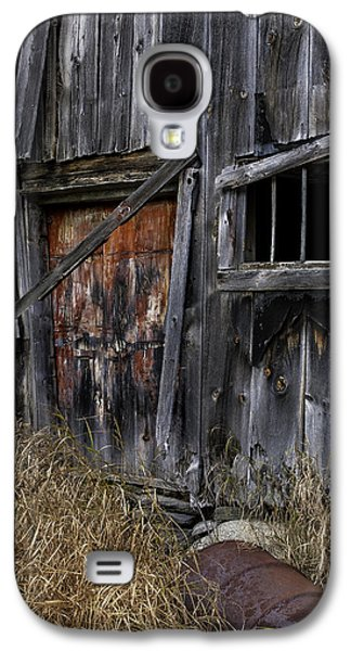 Old Rustic Barn And Barrel Galaxy S4 Cases -  Rustic Barn of the Maine Woods Galaxy S4 Case by Thomas Schoeller
