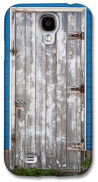 Entrance Door Galaxy S4 Cases - Old wooden door Galaxy S4 Case by Elena Elisseeva