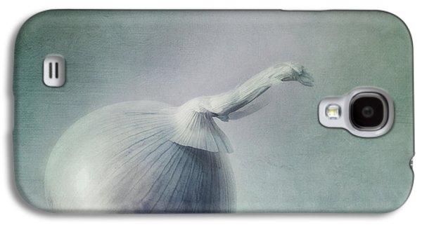 Onion Galaxy S4 Case by Priska Wettstein