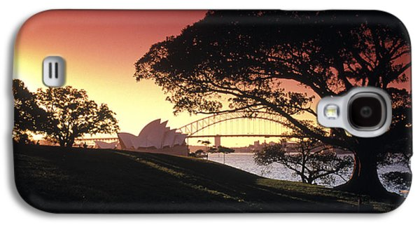 Sunset Framed Prints Galaxy S4 Cases - Opera Tree Galaxy S4 Case by Sean Davey