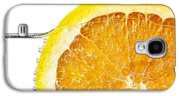 Orange Photographs Galaxy S4 Cases - Orange slice in water Galaxy S4 Case by Elena Elisseeva