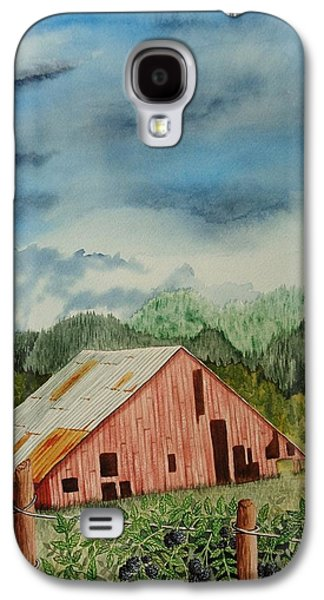 Misty Prints Galaxy S4 Cases - Oregon Barn Galaxy S4 Case by Katherine Young-Beck