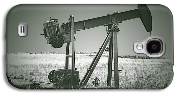 Orphans Of The Texas Oil Fields Galaxy S4 Case by Christine Till