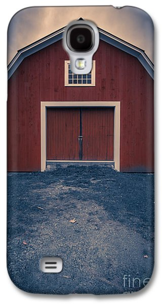 Red Barns Galaxy S4 Cases - Out by the barn Galaxy S4 Case by Edward Fielding