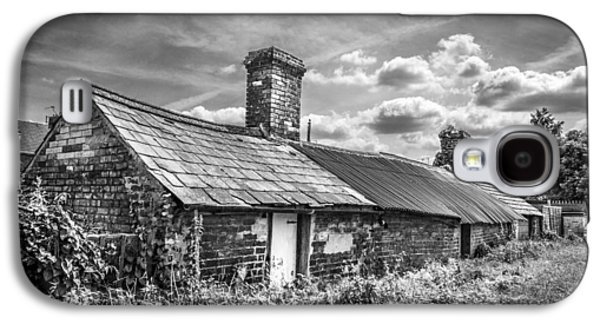 Outbuildings Galaxy S4 Cases - Outbuildings. Galaxy S4 Case by Gary Gillette