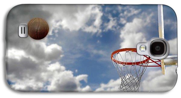 Dunk Galaxy S4 Cases - Outdoor Basketball Shot Galaxy S4 Case by Lane Erickson