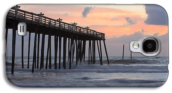 Landscapes Photographs Galaxy S4 Cases - Outer Banks Sunrise Galaxy S4 Case by Adam Romanowicz