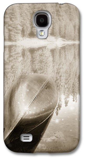 Catherine White Digital Galaxy S4 Cases - Overturned Canoe Galaxy S4 Case by Catherine Noel