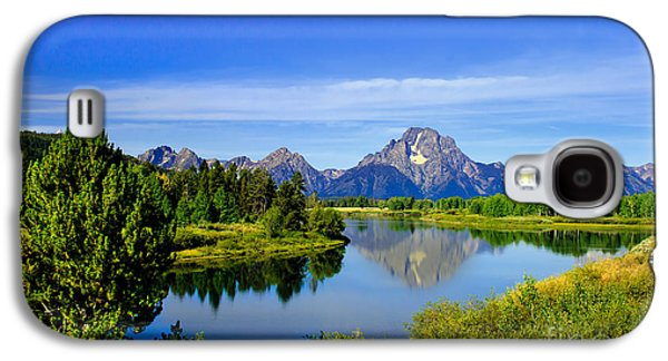 Haybale Photographs Galaxy S4 Cases - Oxbow Bend Galaxy S4 Case by Robert Bales