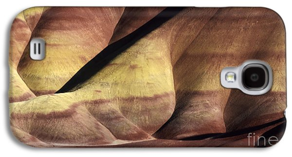 Landscapes Photographs Galaxy S4 Cases - Painted Hills Oregon 5 Galaxy S4 Case by Bob Christopher