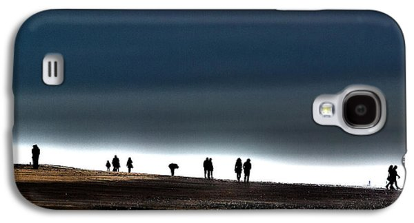 Poster Art Galaxy S4 Cases - Pairs on the beach Galaxy S4 Case by Jb Atelier