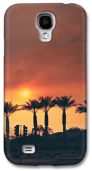 Streetlight Photographs Galaxy S4 Cases - Palms on Fire Galaxy S4 Case by Laurie Search