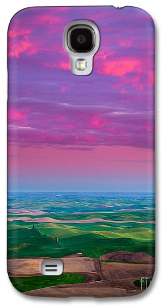 Landscapes Photographs Galaxy S4 Cases - Palouse Fiery Dawn Galaxy S4 Case by Inge Johnsson