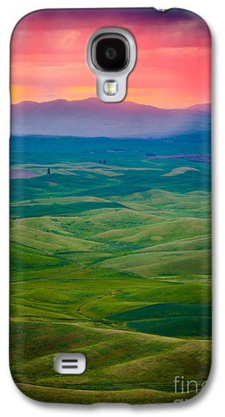 Landscapes Photographs Galaxy S4 Cases - Palouse Storm at Dawn Galaxy S4 Case by Inge Johnsson