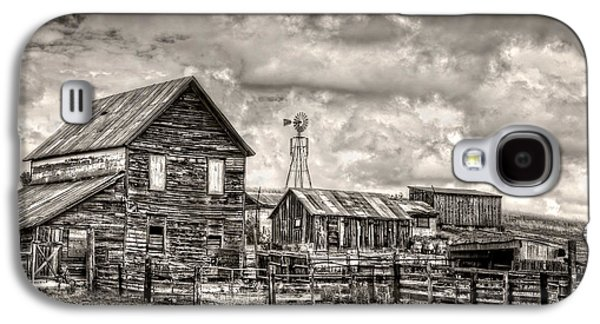 Outbuildings Galaxy S4 Cases - Parker Homestead Galaxy S4 Case by Ken Smith